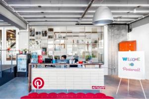 Banque d'accueil de la start up au design étonnant et innovant chez pinterest